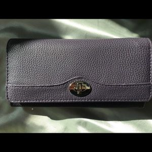 New without tags clutch wallet
